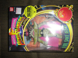 MIGHTY MORPHIN POWER RANGERS EVIL SPACE ALIEN BONES BNIB