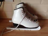 Ladies Roma Ice Skates