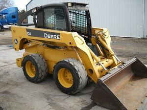 2006 JD 325 skid steer