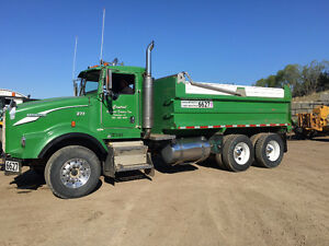 2003 Kenworth T800 Gravel Truck