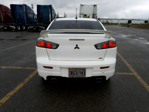 Mitsubishi Lancer Ralliart 2L AWD Turbo