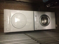 4yr old Stackable Washer Dryer combo Whirpool 24'