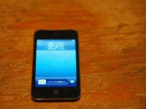 Ipod touch 4th gen 8gb - Very Good Condition Croydon Maroondah Area Preview