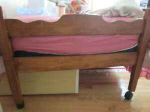 SOLID WOOD HEADBOARD,  FOOTBOARD AND FRAME  for SINGLE BED