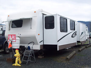 Carriage travel trailer