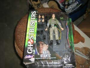3 Sealed Ghostbusters Figures