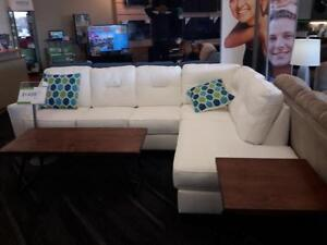 *** NEW *** ASHLEY KIRWIN WHITE SECTIONAL   S/N:51287404   #STORE210