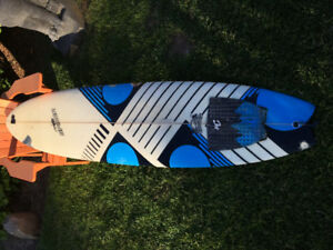 7'6 surfboard funboard. A few repairs but watertight.