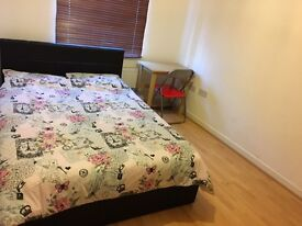 Double room to let near Science Park in Cambridge, CB4 2GY, Orchard park