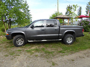 2003 Dodge Dakota Sports Model 4x4 Pickup Truck