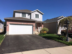 EASTBRIDGE detached home with fill double garage!