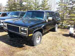 81-87 88 89 90 91 Chevrolet GMC Truck Suburban Parts $25+up