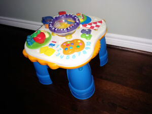 Fisher-Price - Laugh & Learn Learning Table