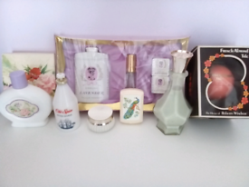 13 Unused Retro Display Beauty Products. Viewing on garden table!!