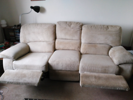 3/4 seater recliner £100 ono
