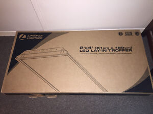 New in box, light for drop ceiling LED Windsor Region Ontario image 1