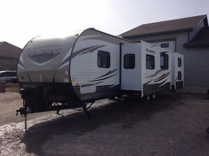 New 2016 36' camping trailer for rent. LOOKING FOR SNOW BIRDS
