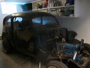 1937 plymouth 2 door mostly painted -- disasembled but complete