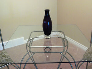 ****BEAUTIFUL DINING TABLE SET WITH ELEGANT GLASS ACCENT**** Stratford Kitchener Area image 2