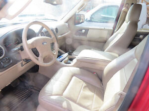 2003 Ford Expedition tan/red SUV, Crossover