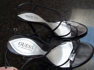 New Guess Crystal Leather Upper size 8M $35 PICKUP ONLY