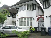 4 bedroom house in Highfield Avenue, Golders Green, NW1