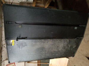hard cover for pick up truck off ford 6 ft 6 in box good shape