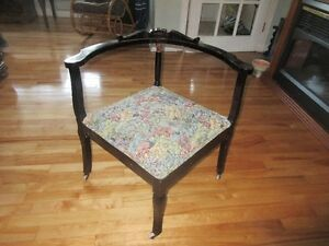 Antique Corner Chair in good condition