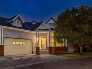 BEAUTIFUL WALK-OUT bungalow style townhouse w/over 3184 sq ft