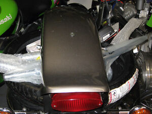 yamaha xv-650 v-star custom rear fender with tail light &signals London Ontario image 4