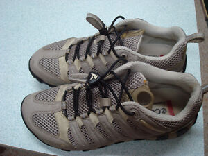 Ecco breathable walking shoes Size 6 1/2
