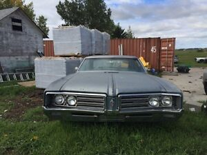 68 Buick Wildcat and parts car w/455