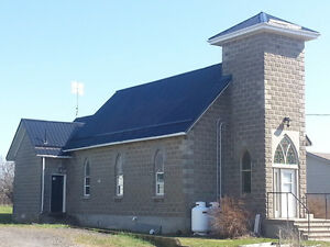 PRINCE EDWARD COUNTY ONT- EX-CHURCH AN ARTISTS DREAM COME TRUE