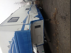 2003 Terry Quantico AX6 37 foot 5th Wheel for Sale