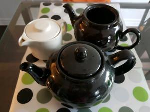 Clay and ceramic English tea pots