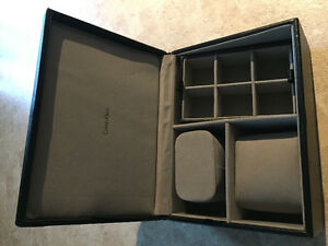 Unisex Calvin Klein jewelry box (new)