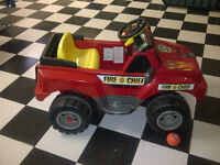 Childs battery operated electric fire truck, car