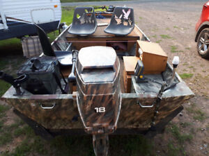 NEW PRICE 12' Lowe Boat For Sale