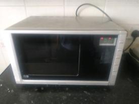 microwave price negotiable