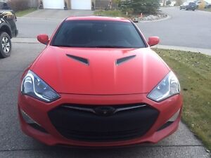 2013 Genesis Coupe 2.0 premium! Comes with winters