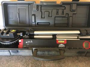 Jobmate laser level w/adjustable tripod #57-4537-6