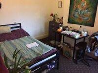 1 bed, Bills includd, close to all amenaties, shops, transport, easy accses to Uni,centre, train,bus