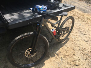 Specialized Camber mountain bike 29'er