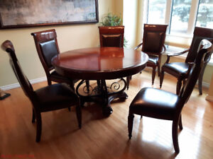 DINING ROOM SOLID WOOD TABLE 53 ROUND 73 OBLONG