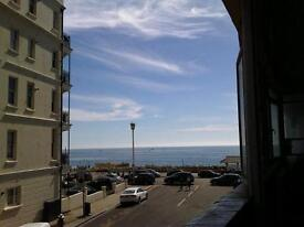STUNNING DOUBLE ROOM ON BRIGHTON SEAFRONT - £600pm AVAILABLE NOW!
