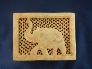 Hand Crafted, engraved Soapstone TRINKET BOX from India - NEW