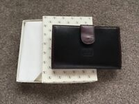 Brand new leather ladies purse