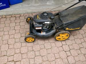 Gas push lawnmower