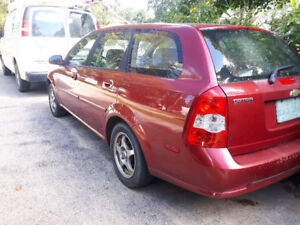 2005 Chevrolet Optra Red Wagon
