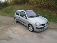 Renault Clio 1.6 16v Dynamique + LOW MILEAGE WITH 12 MONTHS MOT
